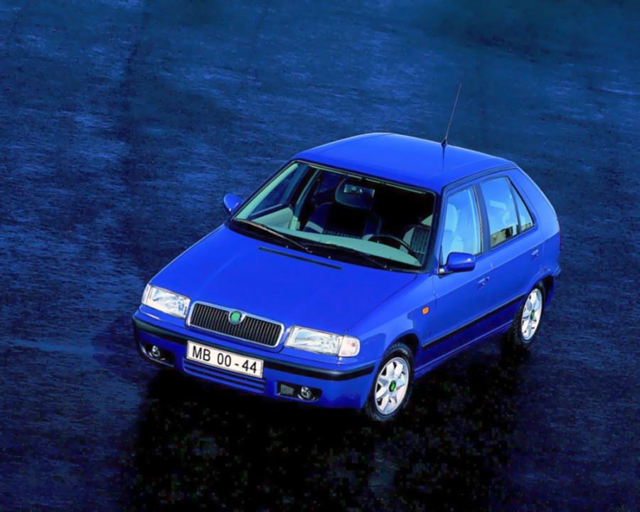 Skoda Felicia хетчбэк, 1998–2001, 1 поколение [рестайлинг] - отзывы, фото и характеристики на Car.ru