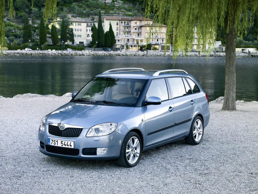 Skoda Fabia универсал 5-дв., 2007–2010, 5J - отзывы, фото и характеристики на Car.ru