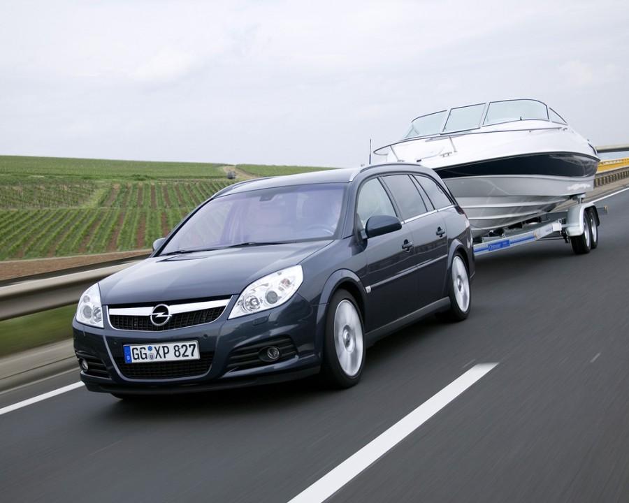 Opel Vectra универсал 5-дв., 2005–2009, C [рестайлинг] - отзывы, фото и характеристики на Car.ru
