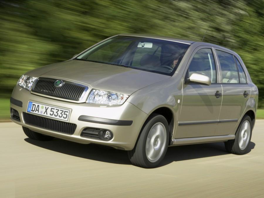 Skoda Fabia хетчбэк 5-дв., 2002–2007, 6Y [рестайлинг] - отзывы, фото и характеристики на Car.ru