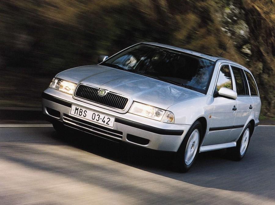 Skoda Octavia универсал 5-дв., 1996–2000, 1 поколение - отзывы, фото и характеристики на Car.ru
