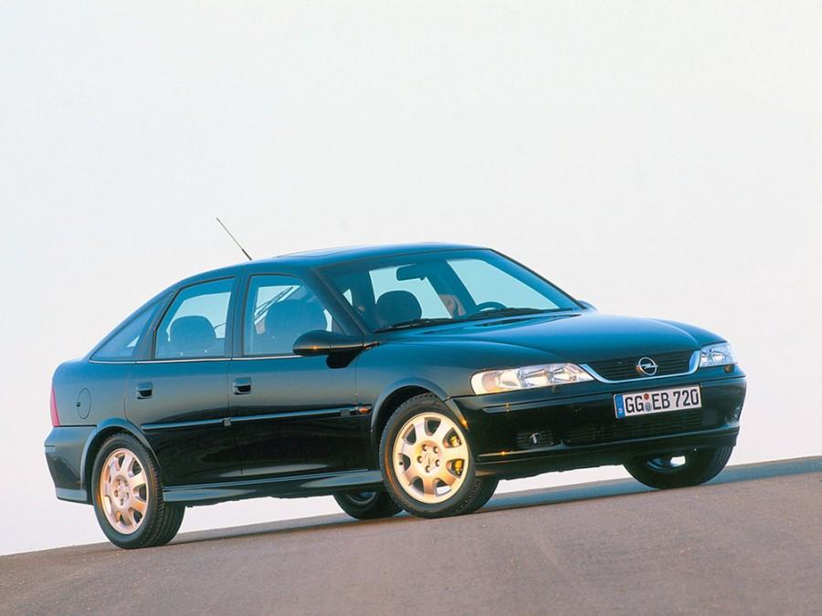 Opel Vectra хетчбэк, 1999–2002, B [рестайлинг] - отзывы, фото и характеристики на Car.ru