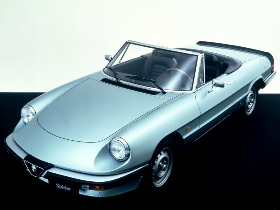AlfaRomeo Spider родстер, 1990–1993, 115 - отзывы, фото и характеристики на Car.ru
