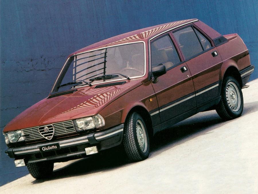 AlfaRomeo Giulietta седан, 1981–1983, 116 [рестайлинг] - отзывы, фото и характеристики на Car.ru
