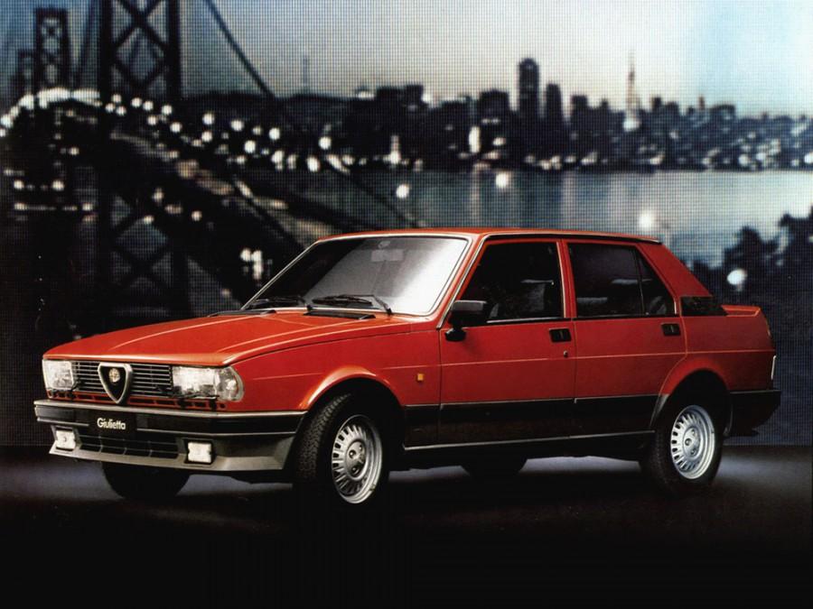 AlfaRomeo Giulietta седан, 1983–1985, 116 [2-й рестайлинг] - отзывы, фото и характеристики на Car.ru