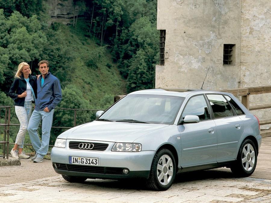 Audi A3 хетчбэк 5-дв., 2000–2003, 8L [рестайлинг] - отзывы, фото и характеристики на Car.ru
