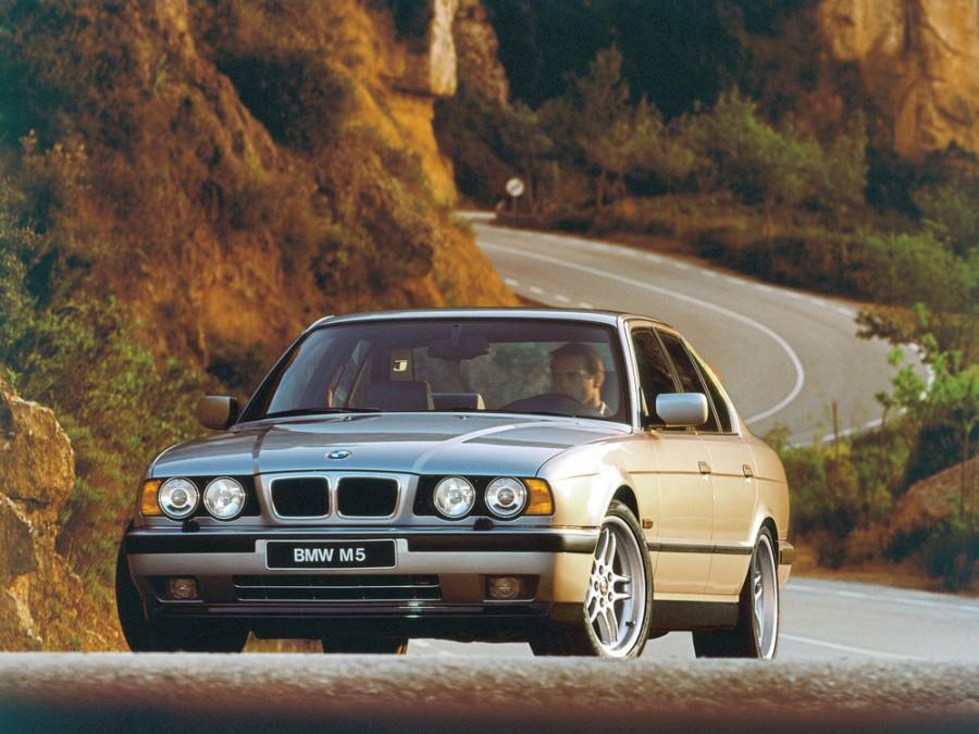 Bmw M5 седан, 1988–1995, E34, 3.5 MT (315 л.с.), характеристики