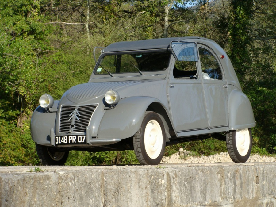 Citroen 2CV кабриолет, 1949–1960, 1 поколение - отзывы, фото и характеристики на Car.ru