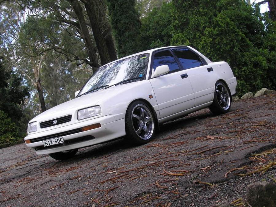 Daihatsu Applause хетчбэк, 1989–1991, 1 поколение - отзывы, фото и характеристики на Car.ru