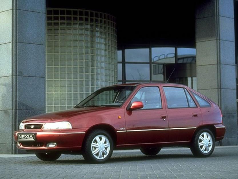Daewoo Nexia хетчбэк 5-дв., 1994–2006, 1 поколение, 1.5 AT (90 л.с.), характеристики