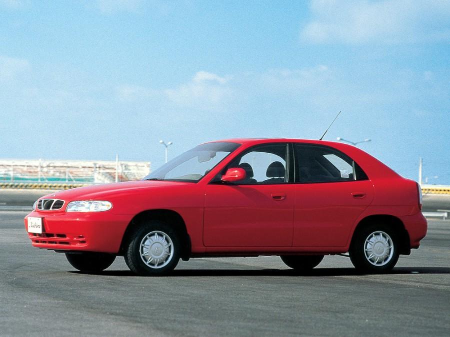 Daewoo Nubira хетчбэк, 1997–1999, J100 - отзывы, фото и характеристики на Car.ru