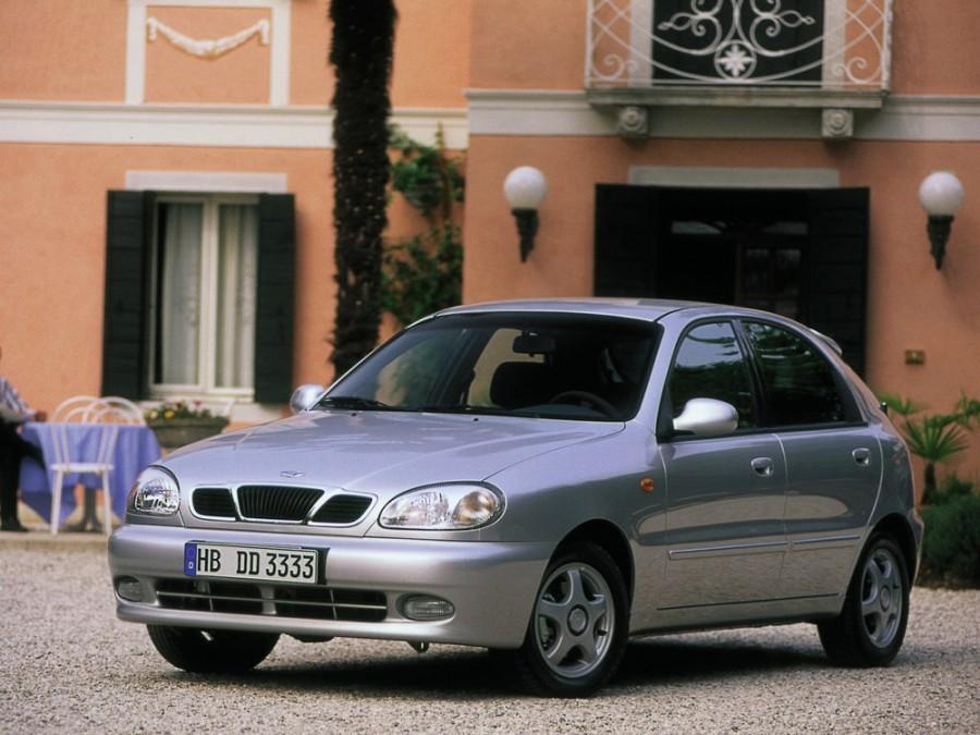 Daewoo Lanos хетчбэк 5-дв., 2000–2003, T150 [рестайлинг] - отзывы, фото и характеристики на Car.ru