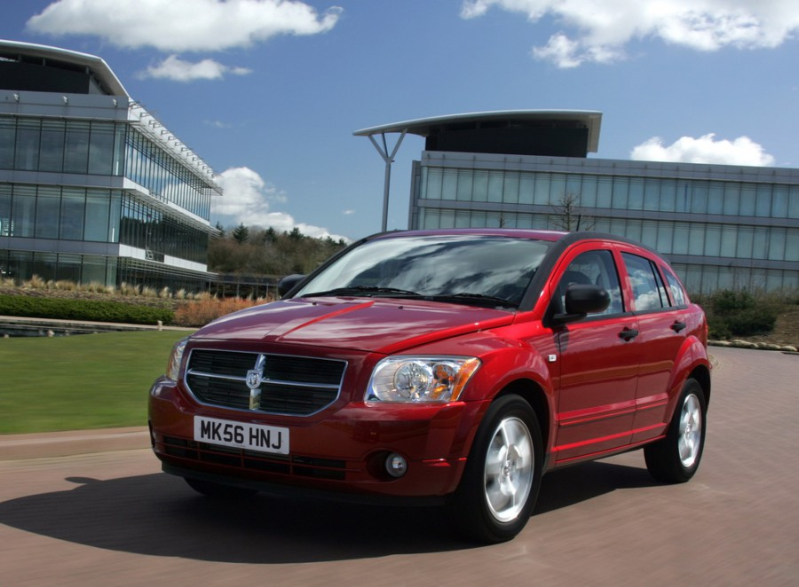Dodge Caliber хетчбэк, 2006–2012, 1 поколение - отзывы, фото и характеристики на Car.ru