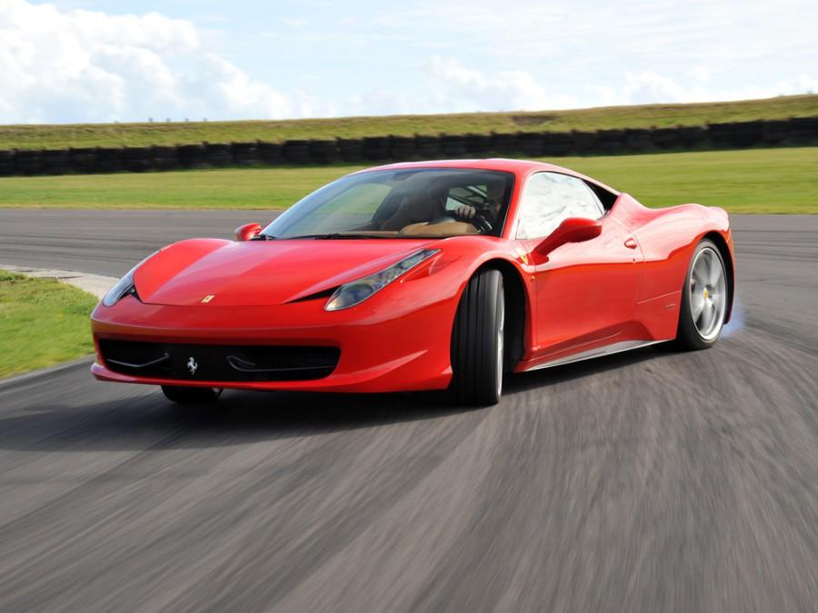 Ferrari 458 Italia купе 2-дв., 2009–2015, 1 поколение - отзывы, фото и характеристики на Car.ru