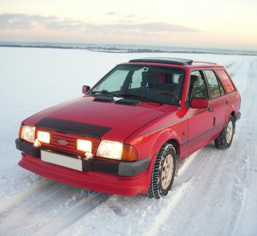 Ford Escort RS универсал 5-дв., 1980–1986, 3 поколение - отзывы, фото и характеристики на Car.ru