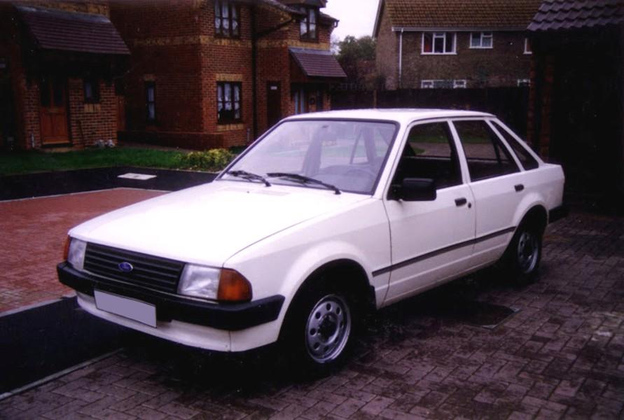 Ford Escort хетчбэк 5-дв., 1980–1986, 3 поколение - отзывы, фото и характеристики на Car.ru