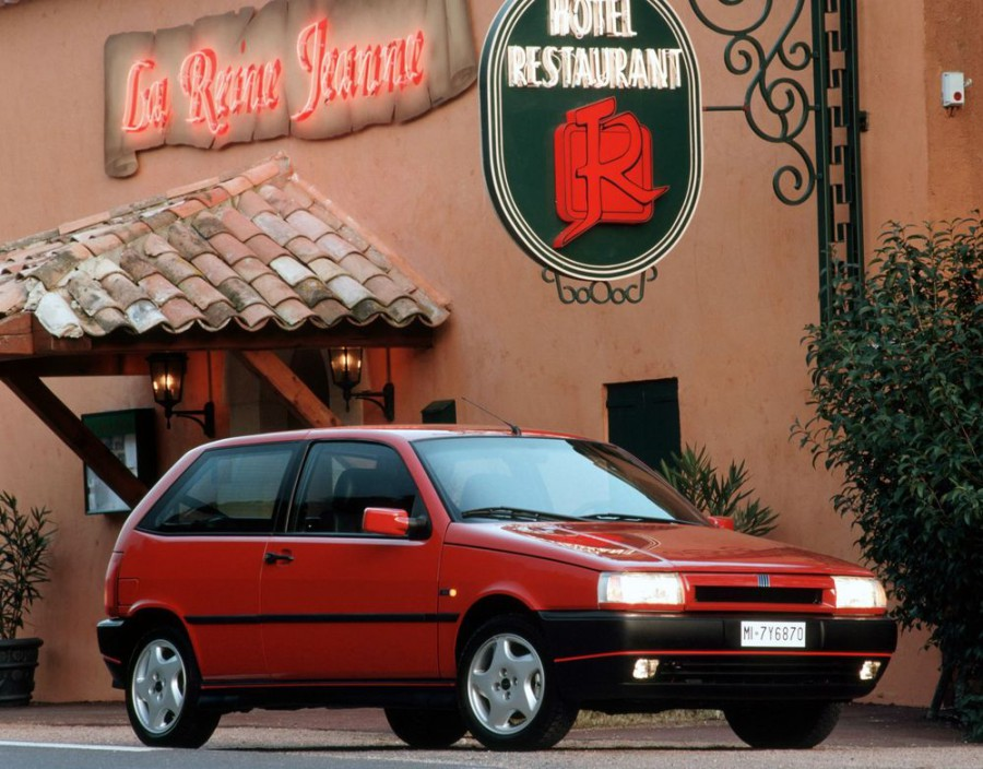Fiat Tipo хетчбэк 3-дв., 1987–1995, 1 поколение - отзывы, фото и характеристики на Car.ru