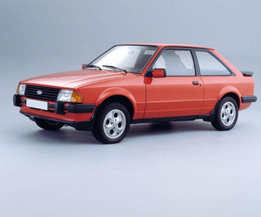 Ford Escort хетчбэк 3-дв., 1980–1986, 3 поколение - отзывы, фото и характеристики на Car.ru