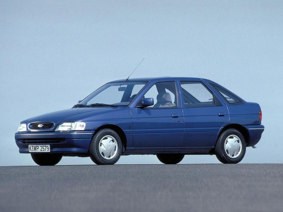 Ford Escort хетчбэк 5-дв., 1992–1995, 5 поколение [рестайлинг] - отзывы, фото и характеристики на Car.ru