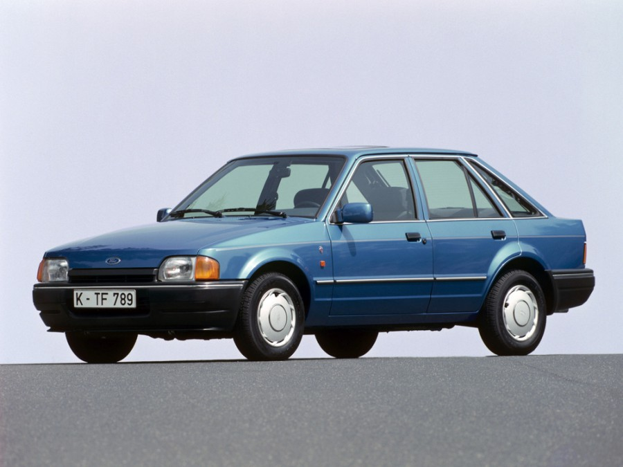 Ford Escort хетчбэк 5-дв., 1986–1995, 4 поколение - отзывы, фото и характеристики на Car.ru