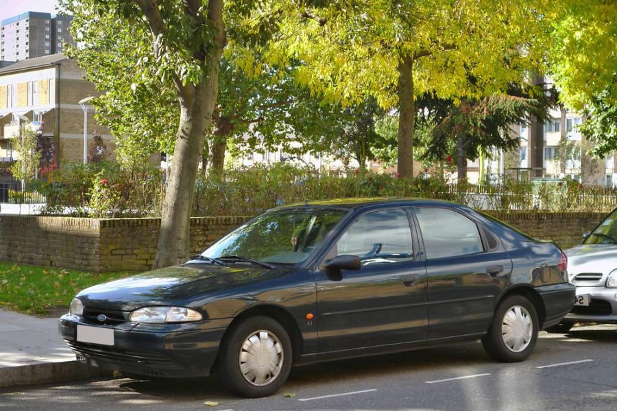 Ford Mondeo хетчбэк, 1993–1996, 1 поколение - отзывы, фото и характеристики на Car.ru
