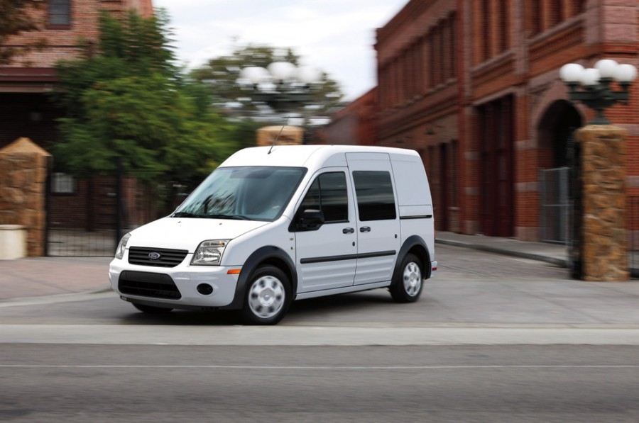 Ford Tourneo Connect минивэн, 2009–2014, 1 поколение [рестайлинг] - отзывы, фото и характеристики на Car.ru