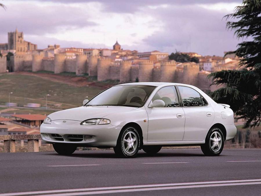 Hyundai Avante седан, 1995–1998, J2 - отзывы, фото и характеристики на Car.ru