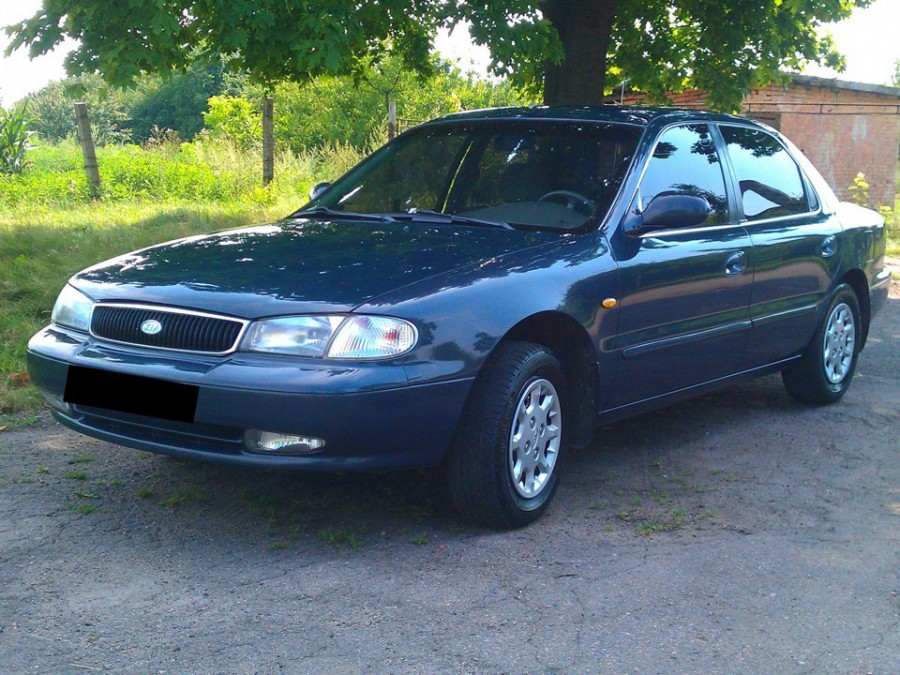 Kia Clarus седан, 1996–1998, 1 поколение - отзывы, фото и характеристики на Car.ru