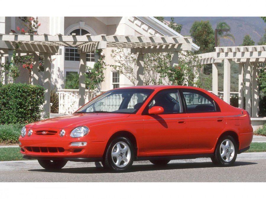 Kia Spectra лифтбэк, 2000–2001, 1 поколение - отзывы, фото и характеристики на Car.ru