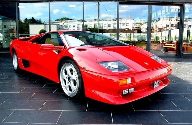 Lamborghini Diablo VT купе 2-дв., 1998–2001, 2 поколение - отзывы, фото и характеристики на Car.ru