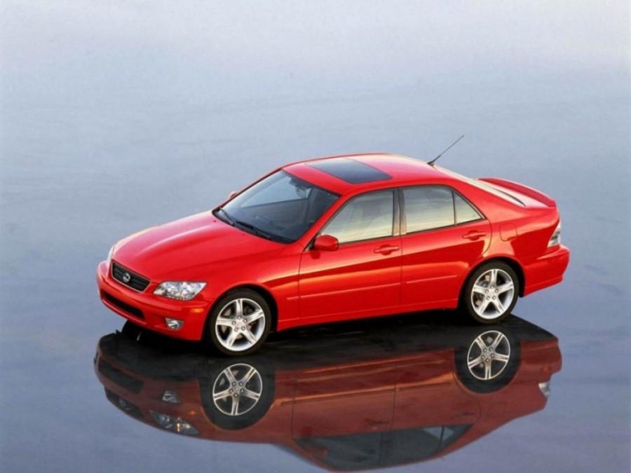 Lexus IS седан, 1999–2005, 1 поколение - отзывы, фото и характеристики на Car.ru