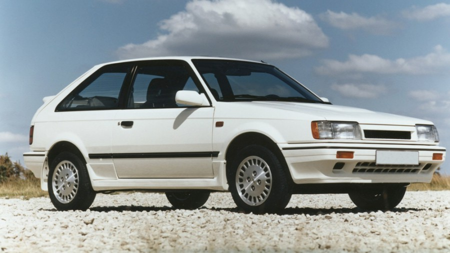 Mazda 323 GT хетчбэк 3-дв., 1985–1989, BF - отзывы, фото и характеристики на Car.ru