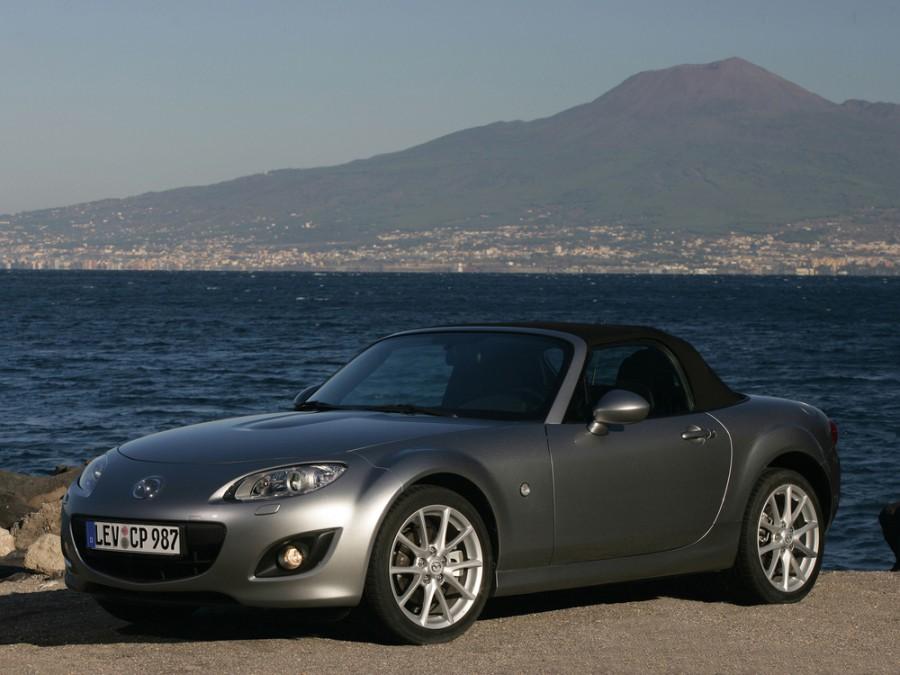 Mazda MX-5 родстер 2-дв., 2008–2012, NC [рестайлинг] - отзывы, фото и характеристики на Car.ru
