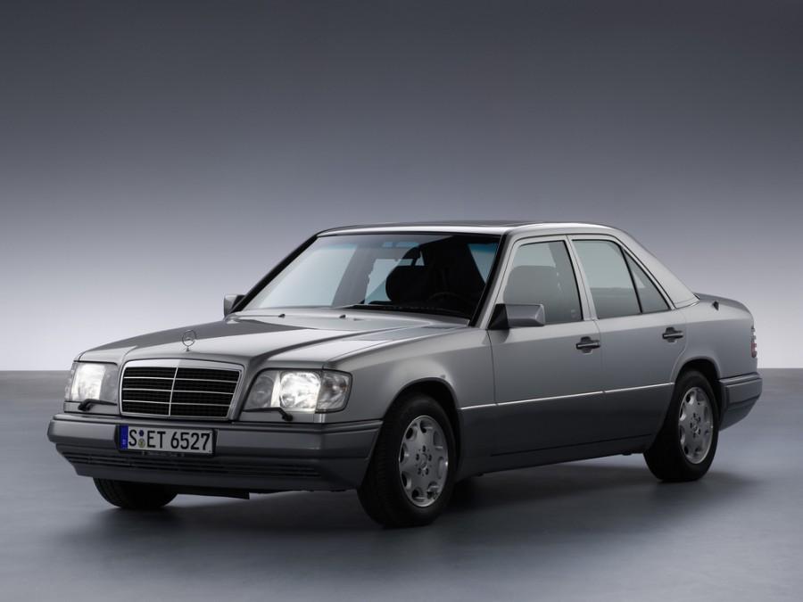 Mercedes E-Class седан, 1993–1997, W124 [2-й рестайлинг] - отзывы, фото и характеристики на Car.ru