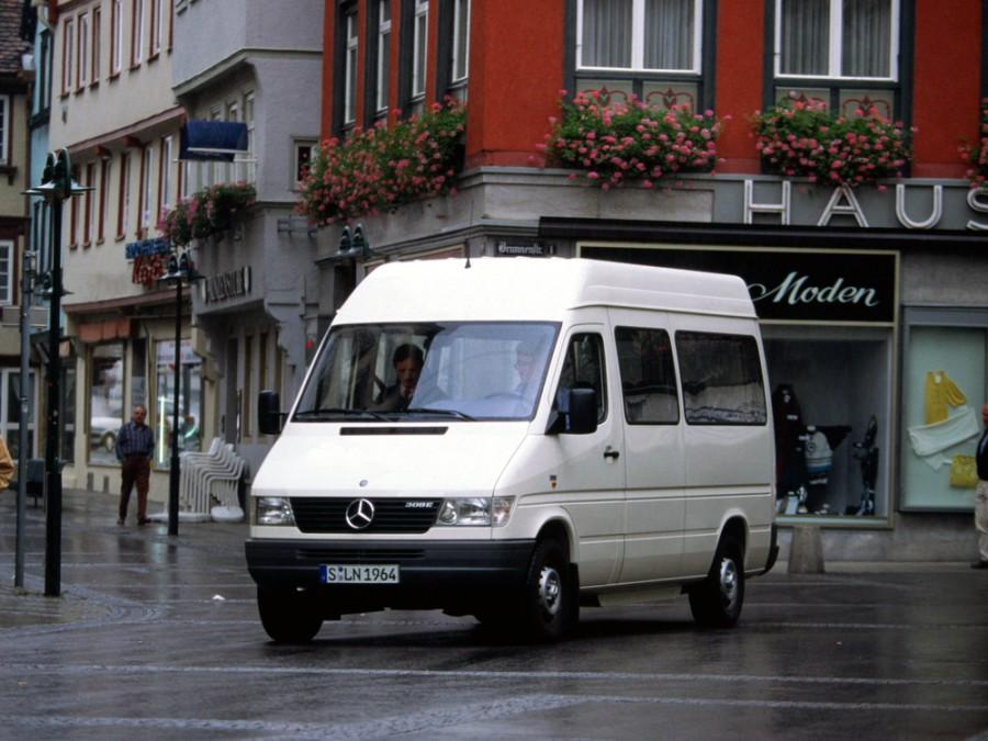 Mercedes Sprinter микроавтобус, W901-905 - отзывы, фото и характеристики на Car.ru