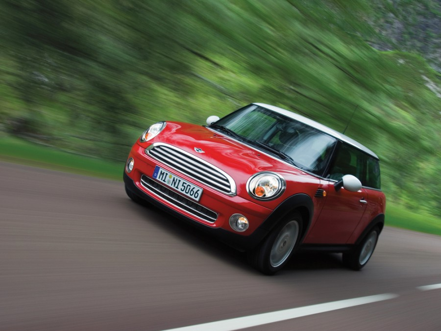 Mini Cooper хетчбэк, 2 поколение - отзывы, фото и характеристики на Car.ru