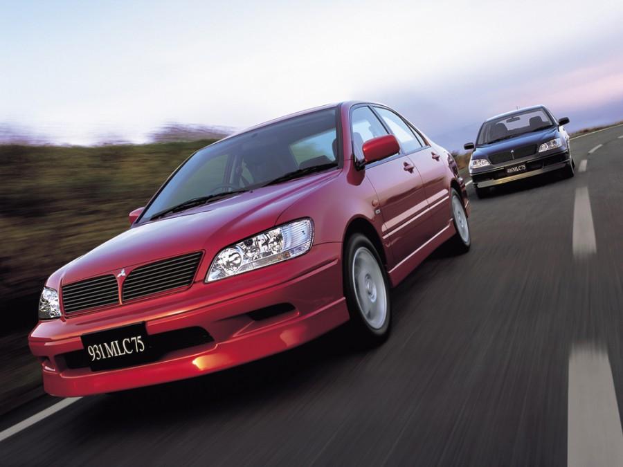 Mitsubishi Lancer Cedia седан, 2000–2003, 6 поколение - отзывы, фото и характеристики на Car.ru