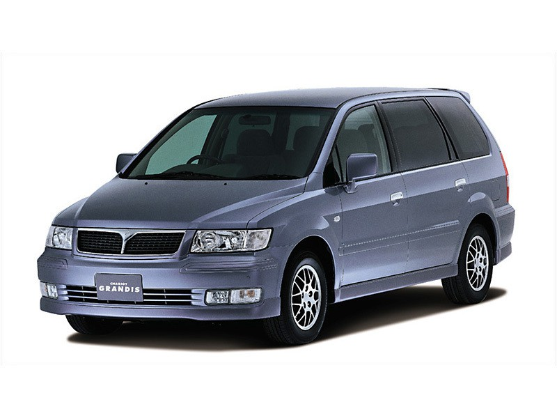 Mitsubishi Chariot минивэн, 2001–2003, 3 поколение - отзывы, фото и характеристики на Car.ru