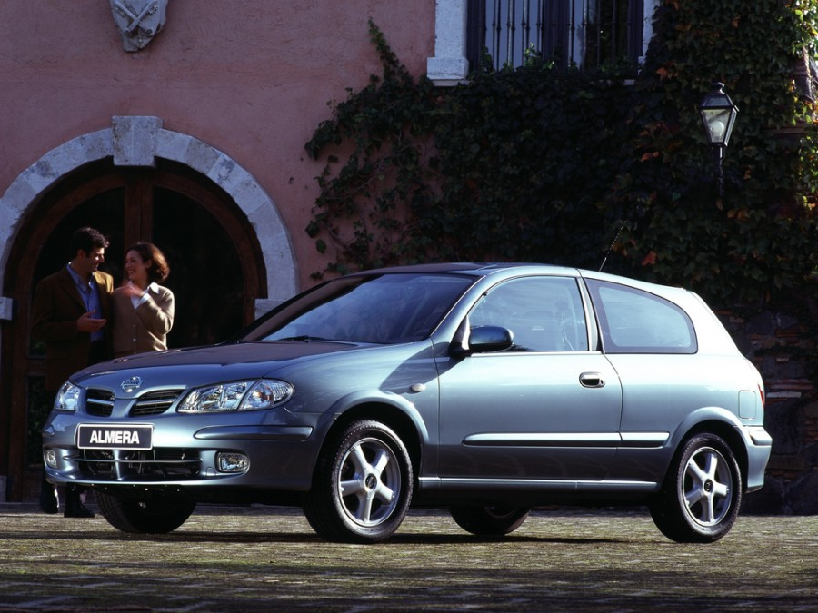Nissan Almera хетчбэк 3-дв., 2000–2006, N16 - отзывы, фото и характеристики на Car.ru