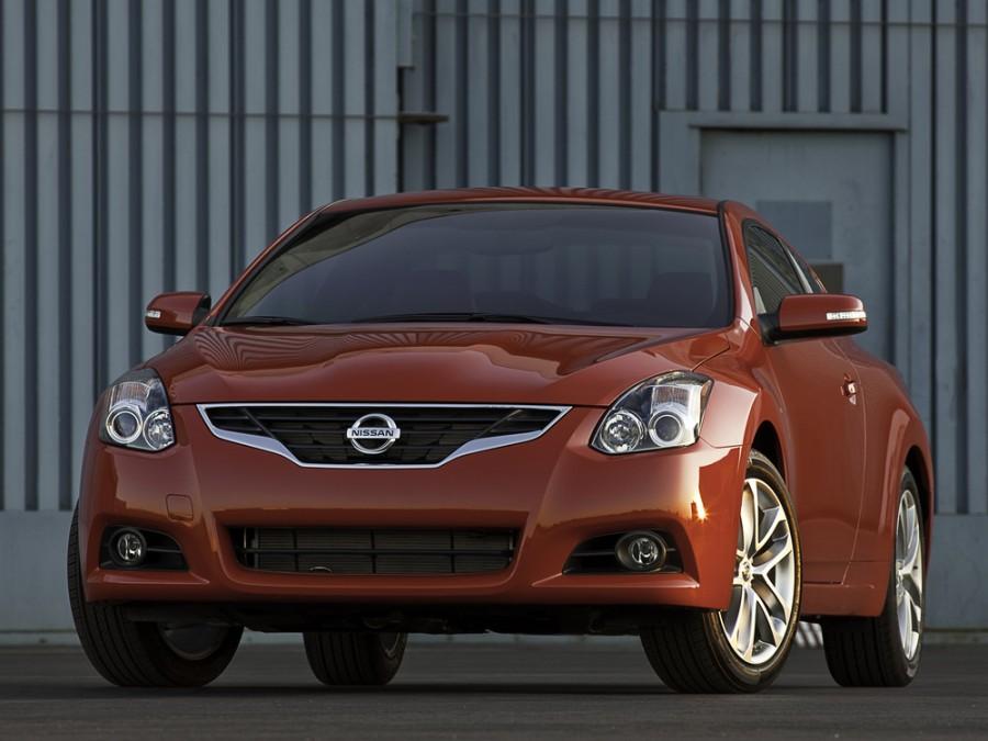 Nissan Altima купе, 2009–2012, L32 [рестайлинг] - отзывы, фото и характеристики на Car.ru
