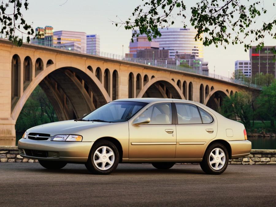Nissan Altima седан, 1997–2000, L30 - отзывы, фото и характеристики на Car.ru