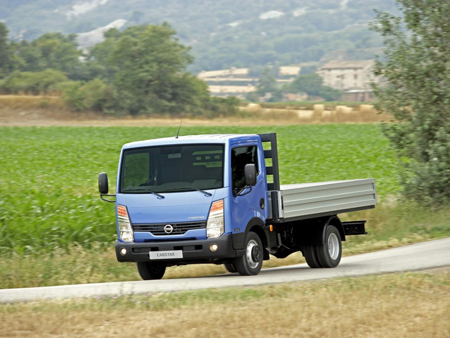 Nissan Cabstar Single Cab борт 2-дв., 2008–2016, 3 поколение - отзывы, фото и характеристики на Car.ru