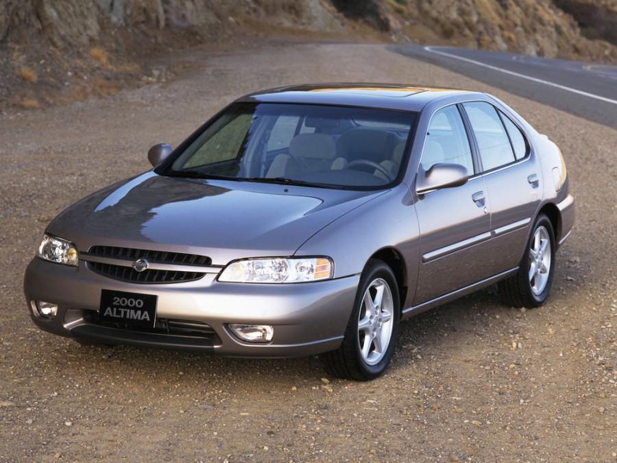 Nissan Altima седан, 2000–2001, L30 [рестайлинг] - отзывы, фото и характеристики на Car.ru
