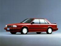 Nissan Auster, Т12, Седан