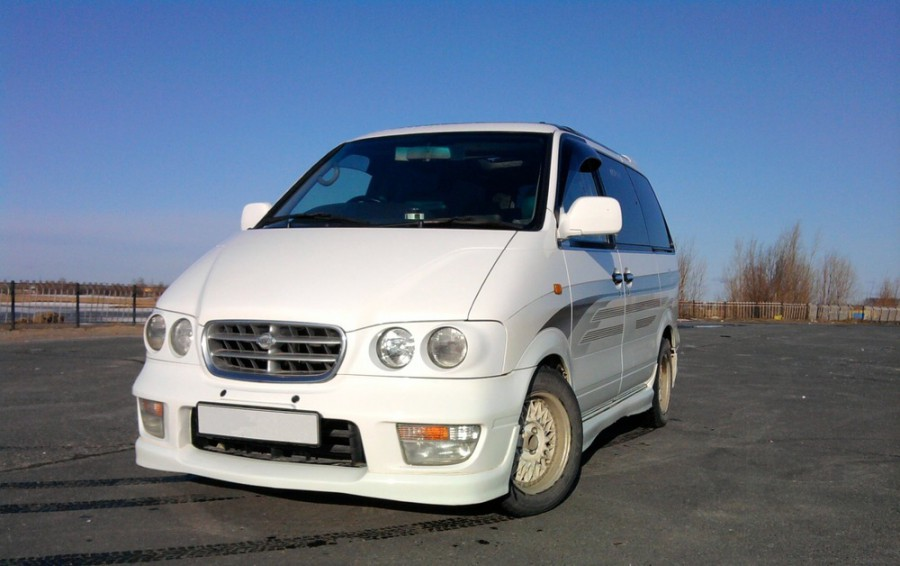 Nissan Largo Highway Star Touring минивэн 5-дв., 1996–1999, W30 [рестайлинг] - отзывы, фото и характеристики на Car.ru