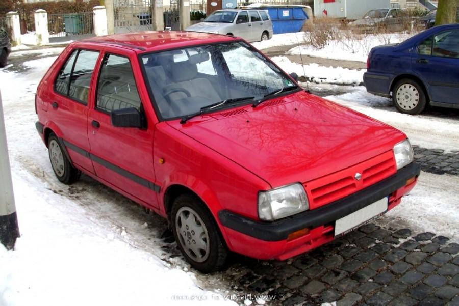 Nissan March хетчбэк 5-дв., 1989–1991, K10 [2-й рестайлинг] - отзывы, фото и характеристики на Car.ru