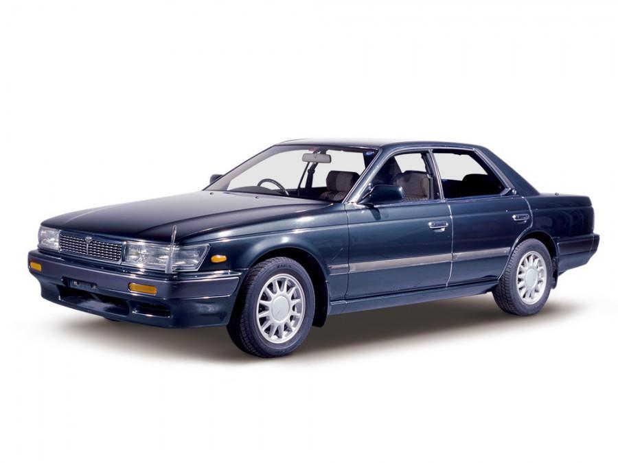 Nissan Laurel хардтоп, 1989–1993, C33 - отзывы, фото и характеристики на Car.ru