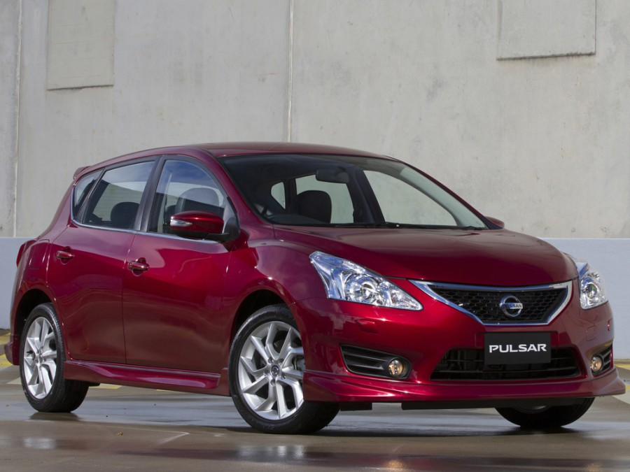 Nissan Pulsar SSS хетчбэк, 2013–2016, NB17 - отзывы, фото и характеристики на Car.ru