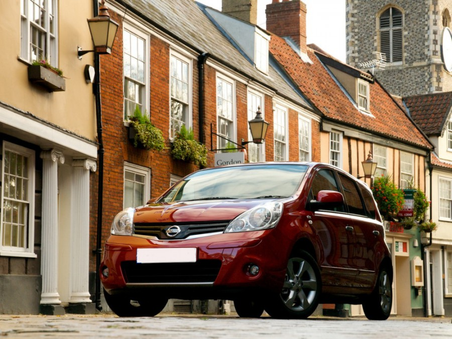 Nissan Note хетчбэк, 2009–2014, E11 [рестайлинг] - отзывы, фото и характеристики на Car.ru