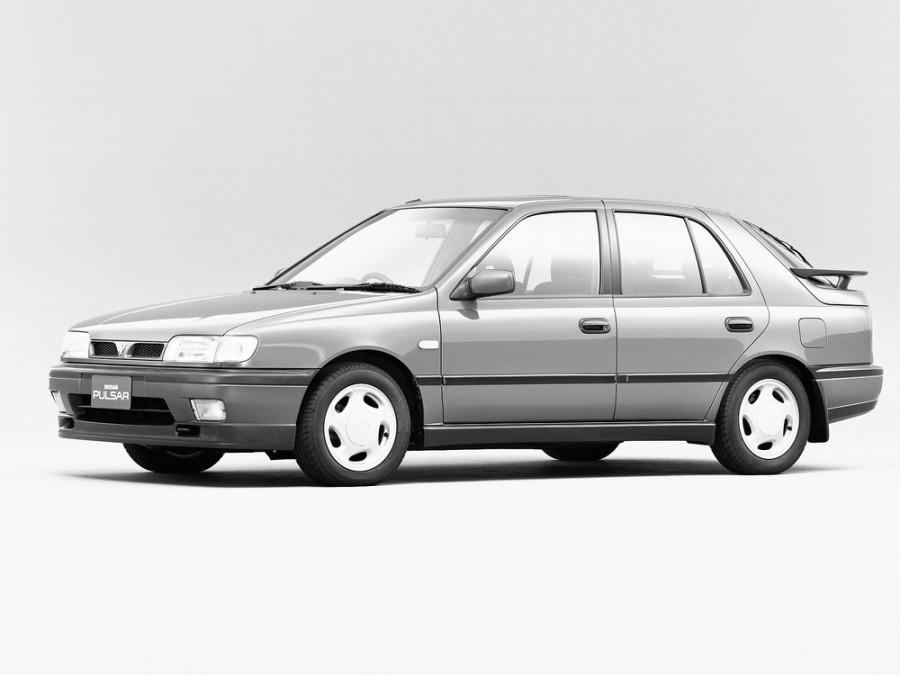 Nissan Pulsar хетчбэк 5-дв., 1990–1995, N14 - отзывы, фото и характеристики на Car.ru